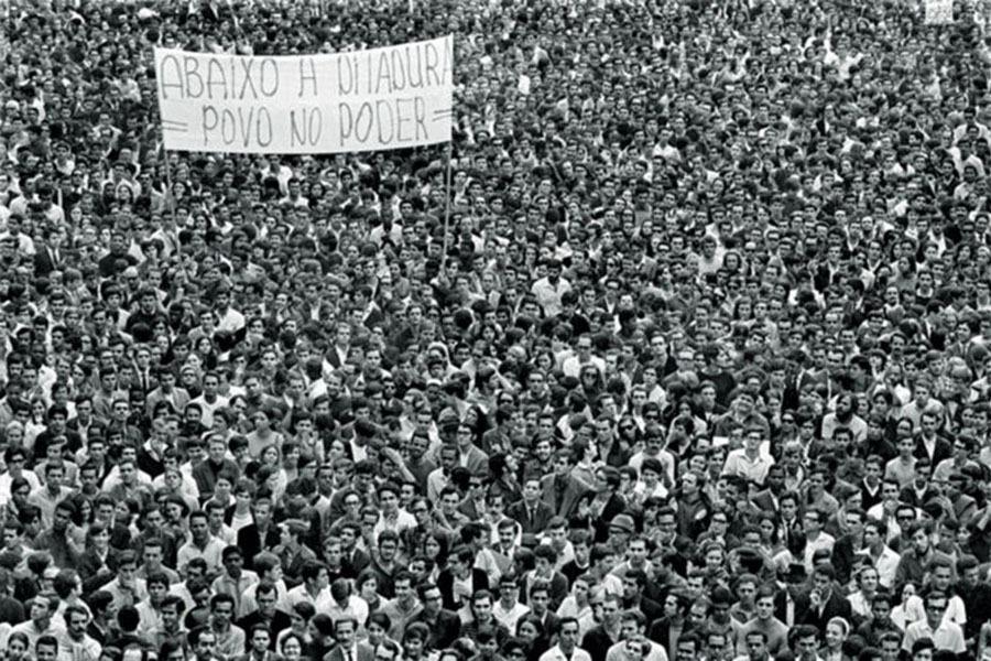 Passeata dos cem mil, movimento estudantil, ditadura militar, movimentos sociais