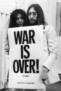 war is over guerra do vietna