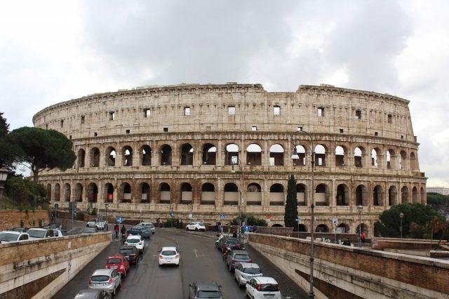 arte romana e o coliseu