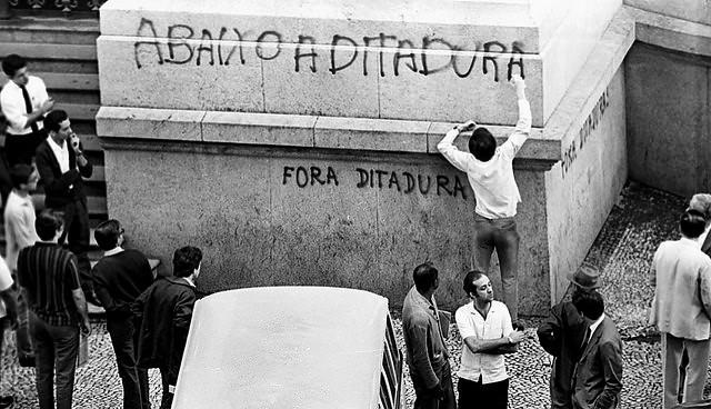 aula de tipos de estado (ditadura)