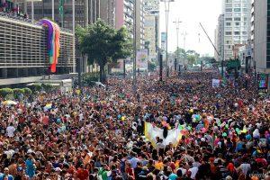 população brasileira na parada gay