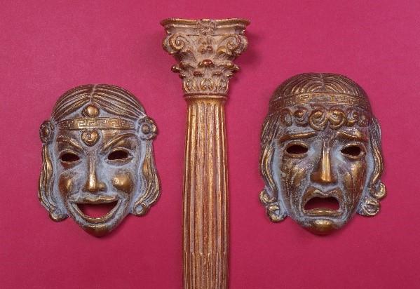 Máscaras de teatro - gênero dramático