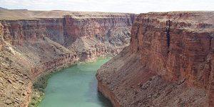 rio colorado nos Estados Unidos e seu processo erosivo formando o grand canyon