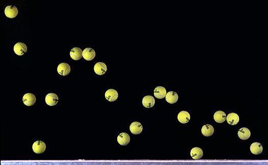 bola de tênis pulando colisões