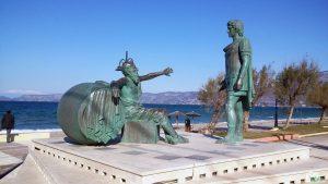 estátua de diógenes